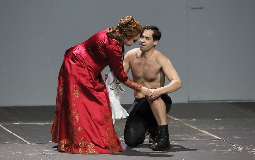 Edita Gruberova and Ismael Jordi in Lucrezia Borgia at the Bayerische Staatsoper